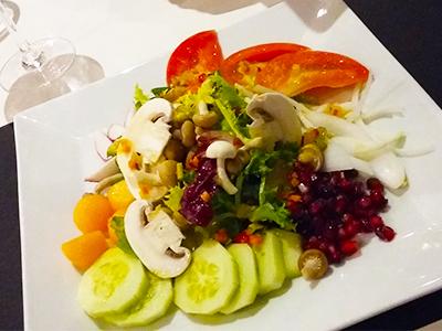 Ensalada fresca de frutas y hortalizas, según mercado